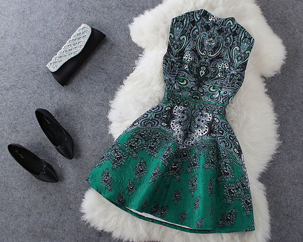 Classic Stand Collar Beaded Retro Flower Print Dress