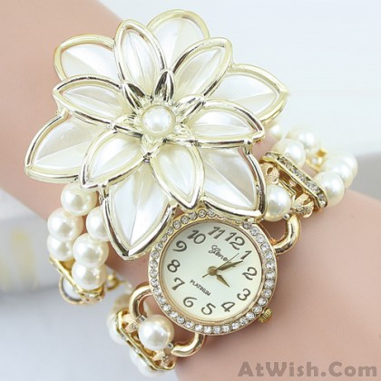 Bright Original Pearl Beaded Diamond Flower Bracelet Watch