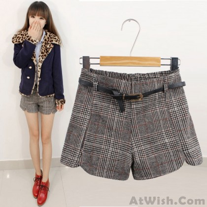 Retro Plaid High Waist Woolen Shorts