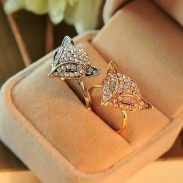 Cute Diamond-bordered Fox Head Animal Shining Women's Open Rings