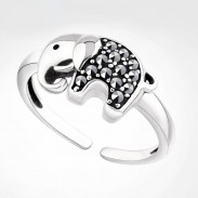 Retro Lucky Elephant  Rhinestone Animal Ring