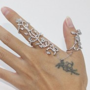 Personality Rose Rhinestone Adjustable Ring Link Finger Opening Ring