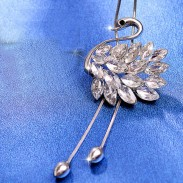 Cute Swan Shape Crystal Feathered Diamond-bordered Pendant Necklace Sweater Chain Necklace