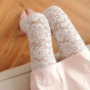Vintage Hollow Flower Lace Carved Female Leggings