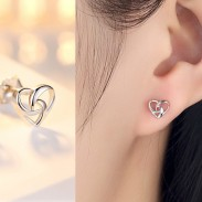 Romantic Heart-Shaped Mini Silver Polished Hollowed-out Women Earring Studs