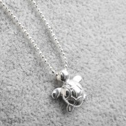 Original Sterling Silver Lovely Glossy Small Turtle Pendant Necklace