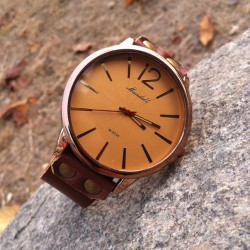 Retro Handmade Cowhide Leather Generous Men Watch