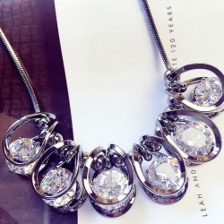 Luxury Clavicle Shinning Crystal Diamond Geometric Shape Pendant Sweater Chain Necklace