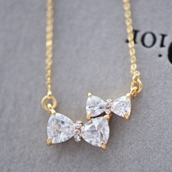 Lovely Two Bowknot Rhinestone Pendant Necklace