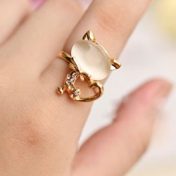 Lovely Opal Cat Index Finger Opening Ring