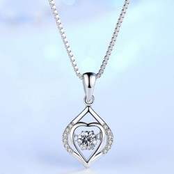 Shining Silver Clavicle Screw Pendant Women's Necklace