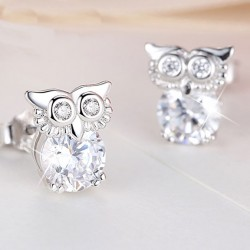 Retro Cute Crystal Owl Blinking Diamond-bordered Silver Women Earring Studs