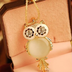 Lovely Owl Opal Rhinestone Sweater Necklace