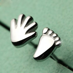 Funny Five Hand And Foot Sterling Silver Lovely Asymmetrical Earrings