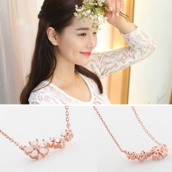 Fashion Women's Accessories Lucky Flower Necklace Clavicle Chain Sweet Necklace