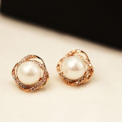 Cute Rhinestone Spiral Winding Pearl Silver Girl's Stud Earrings
