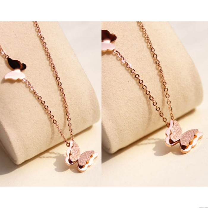 Lovely Frosted Butterfly Pendant Necklace