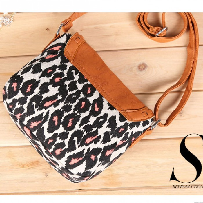 Leopard Geometry Butterfly Printing Shoulder Bags