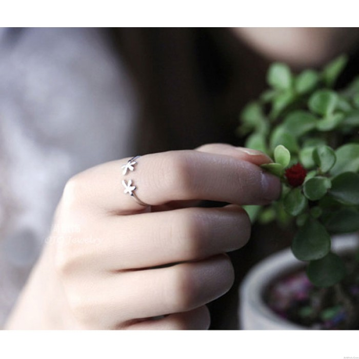 Creative Fresh Flowers Sterling Silver Ring