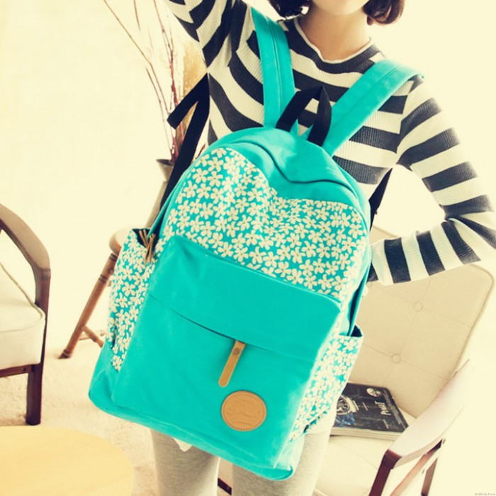Fresh Floral Printed Canvas Backpack