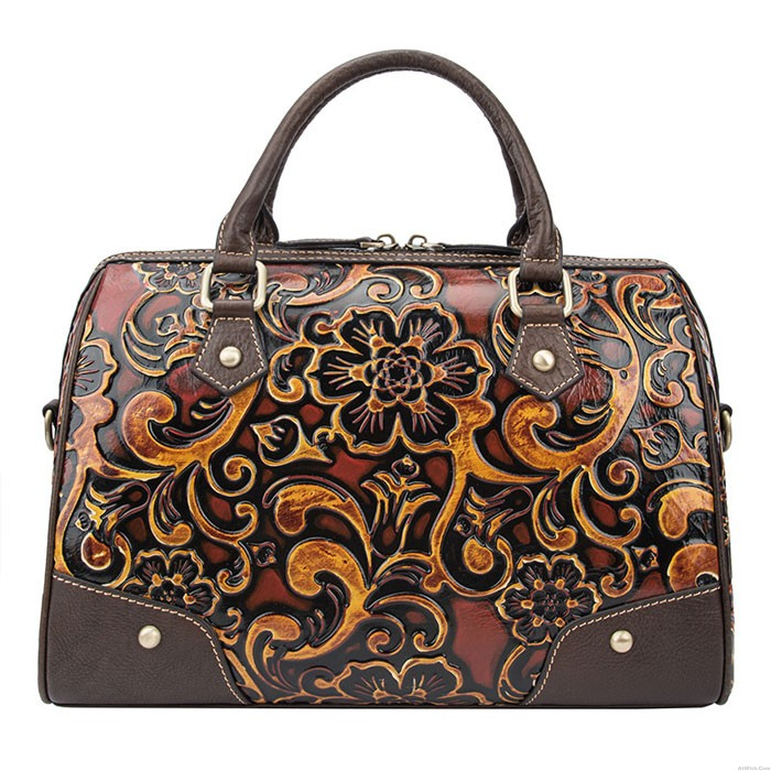 Retro Flower Embossing Travel Rivet Handbag Handmade Embossing Smooth Large Pillow Style Shoulder Bag