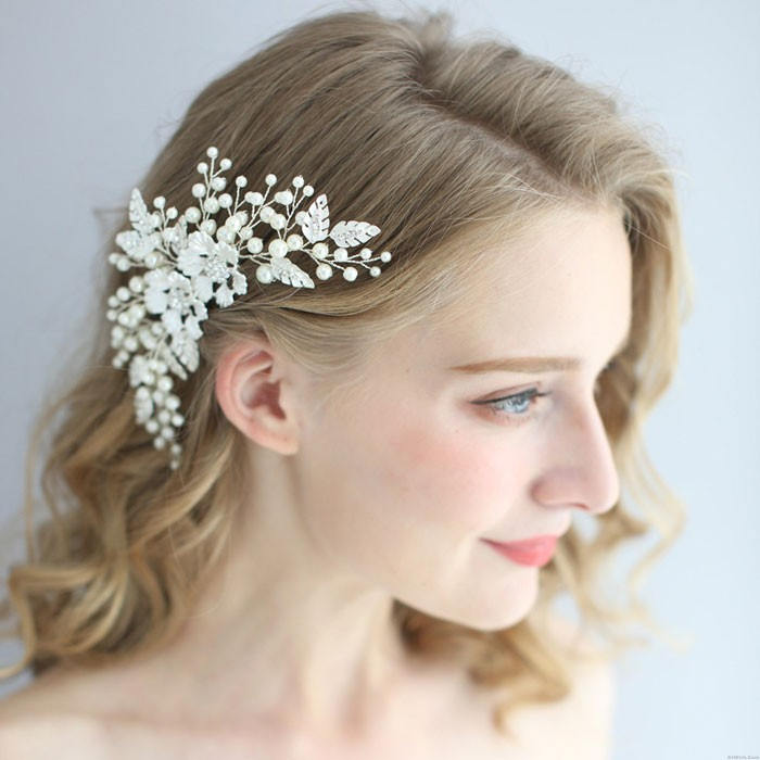 Sweet Leaves Bride Flower Wedding Pearl Exquisite Crystal Handmade Hair Comb Hair Accessories