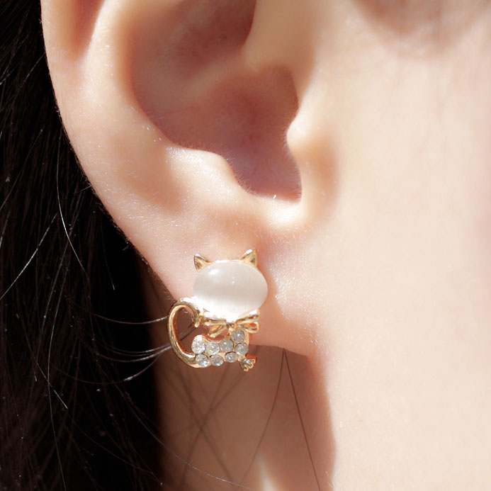 Lovely Cat Opal Rhinestone Earrings Studs