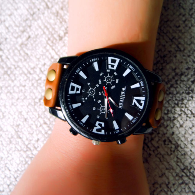 fashion Retro Big Dial Leather Watch
