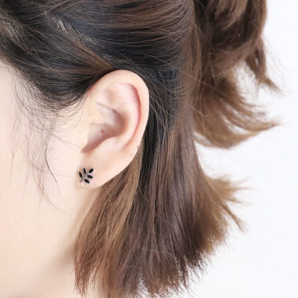Sweet Leaves Retro Mini Silver S Earring Studs Cute Spring Simple Black Leaf Earrings
